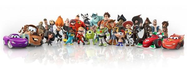 Disney видеоиграет с игрушками