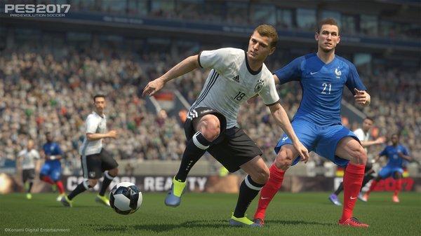 Кадры из игры Pro Evolution Soccer 2017