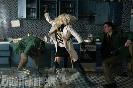 Кадры из фильма «Взрывная блондинка»