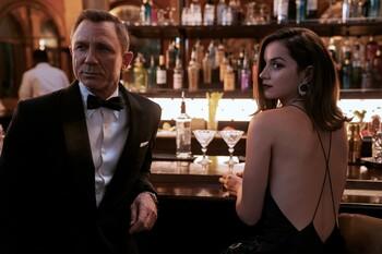 Кадры из фильма «007: Не время умирать»