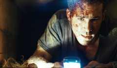 «Погребённый заживо» (Buried)  Режиссер: Rodrigo Cortes  В ролях: Райан Рейнольдс