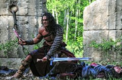 «Конан 3D» (Conan the Barbarian)  Режиссер: Маркус Ниспел В ролях: Джейсон Момоа, Рон Перлман, Стивен Лэнг, Рейчел Николс, Роуз Макгован
