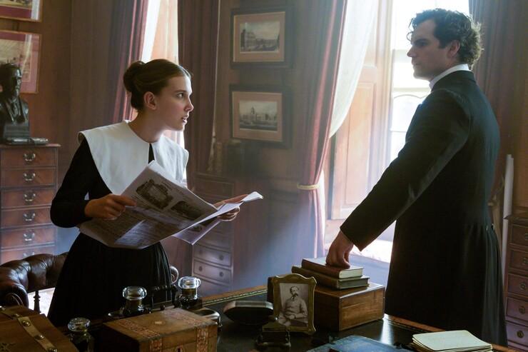 Кадры из фильма «Энола Холмс»