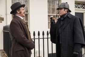 Кадры из фильма «Холмс и Ватсон»