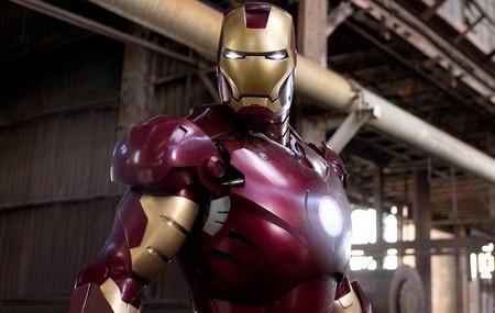 «Железный человек» (Iron Man)  Режиссер: Джон Фавро В ролях: неизвестно