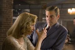 «Кожаные головы» (Leatherheads)  Режиссер: Джордж Клуни В ролях: Джордж Клуни, Рене Зелльвегер, Джон Красински,
