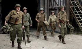 «Хранители наследия» (The Monuments Men)  Режиссер: Джордж Клуни В ролях: Джордж Клуни, Билл Мюррей, Кейт Бланшетт