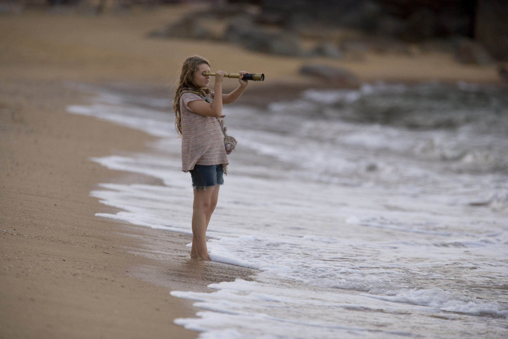 только девушки фильмы о девушках на море рядом лежал другой