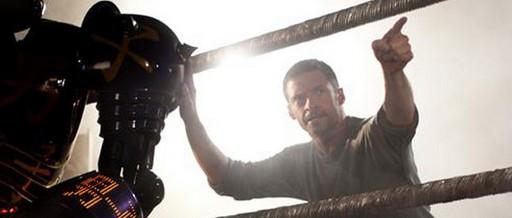 «Настоящая сталь» (Real Steel)  Режиссер: Шон Лев В ролях: Хью Джекман, Дакота Гойо