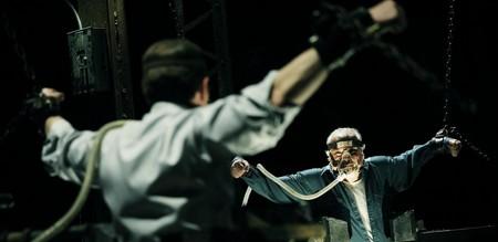 «Пила VI» (Saw VI)  Режиссер: Kevin Greutert В ролях: Costas Mandylor, Mark Rolston, Betsy Russell, Тобин Белл, Шоуни Смит, Peter Outerbridge