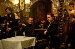 «Шерлок Холмс: Игра теней» (Sherlock Holmes: A Game of Shadows)  Режиссер: Гай Ритчи В ролях: Роберт Дауни-младший, Джуд Лоу, Нуми Рапейс, Стивен Фрай, Джаред Харрис