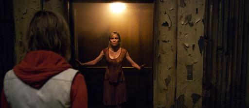 «Сайлент Хилл — 2» (Silent Hill: Revelation 3D)  Режиссер: Майкл Дж. Бассет В ролях: Аделайд Клеменс, Kit Harington