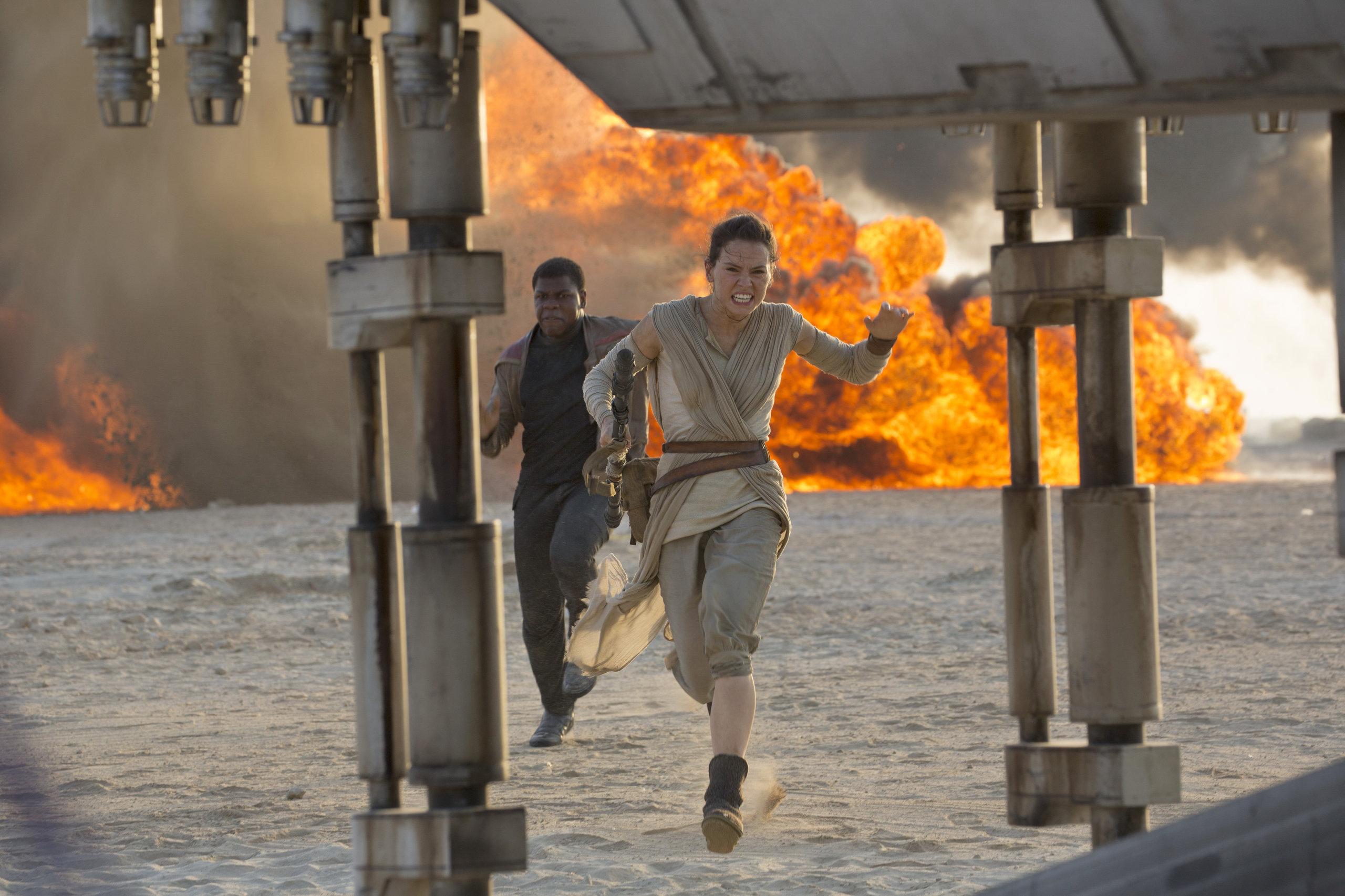 Фильм звездные войны пробуждение силы скачать.