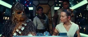 Кадры из фильма «Звёздные Войны: Скайуокер. Восход»