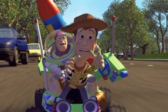«История игрушек - 3» (Toy Story 3)  Режиссер: Ли Анкрич В ролях: Том Хэнкс, Тим Аллен, Джоан Кьюсак, Дон Риклс, Уоллес Шон, Эстел Харрис, Нед Битти