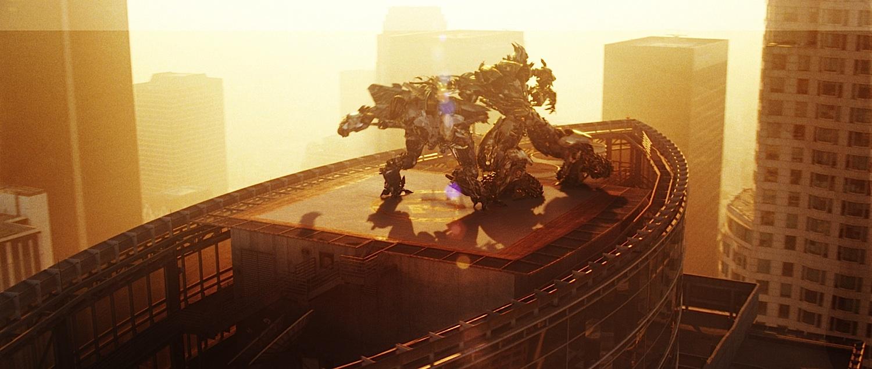 http://media.kino-govno.com/images/transformers2/transformers2_50.jpg