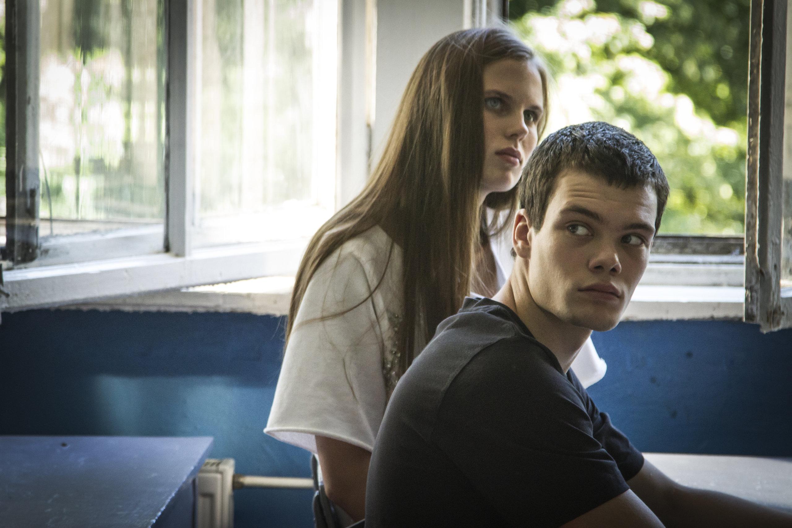 фильм российские студентки знакомства такими
