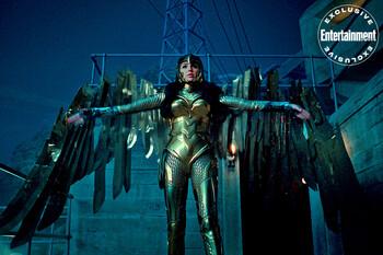 Кадры из фильма «Чудо-женщина: 1984»