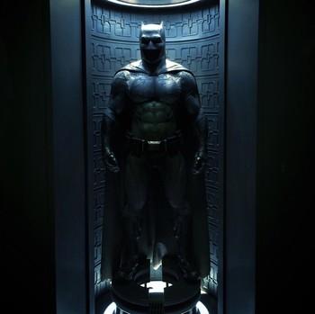 Промо-арт фильма «Бэтмен против Супермена»