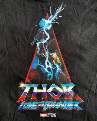 Промо-арт фильма «Тор: Любовь и гром»