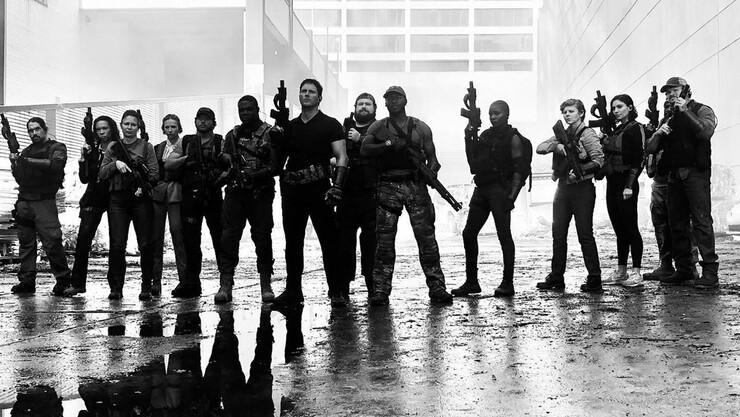 Промо-арт фильма «Война будущего»