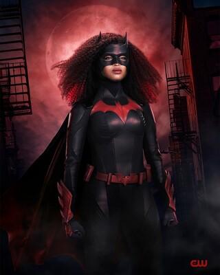 Промо-арт сериала «Бэтвумен»