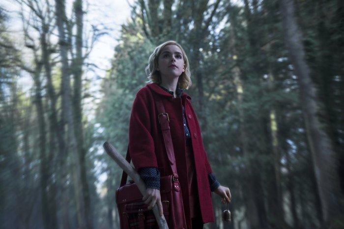 Кадры из сериала «Леденящие душу приключения Сабрины»