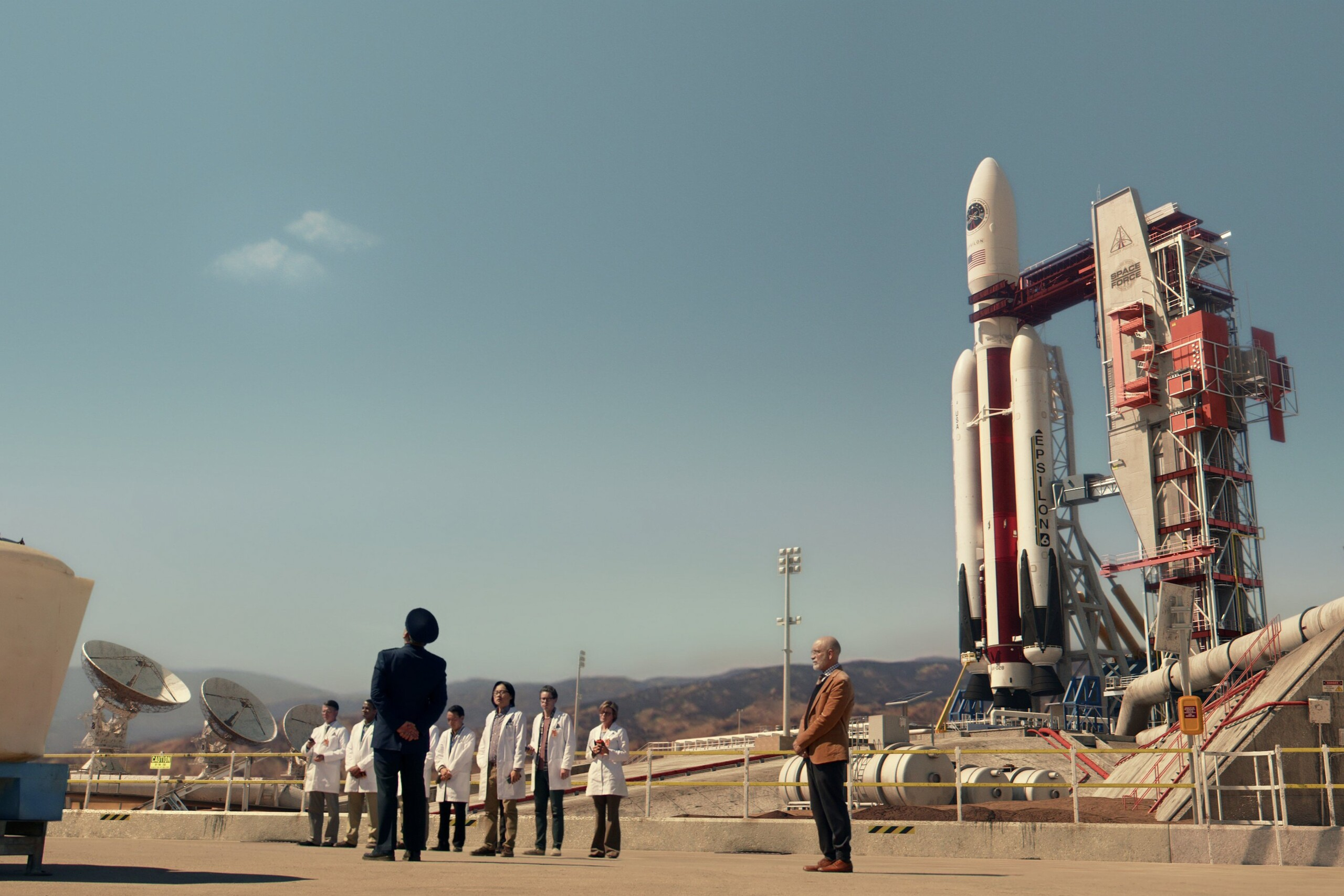 Ракета - гибрид Атлас 5, Титана 4, Фэлкон 9 и ранних версий Ангары в одном флаконе).