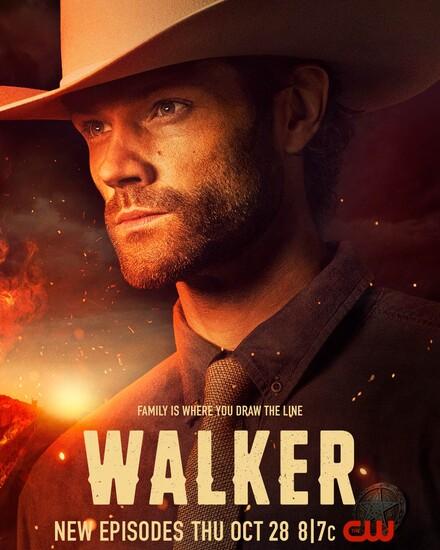 Постеры сериала «Уокер»